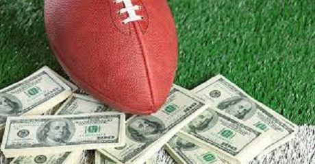 football-on-money-and-yard-line